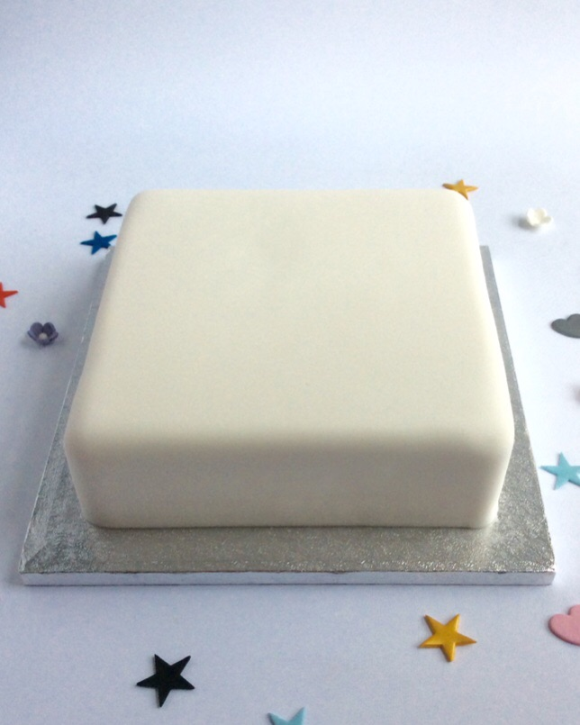 3 Layer Cake Icing: Last Minute Standard Undecorated Square Cake
