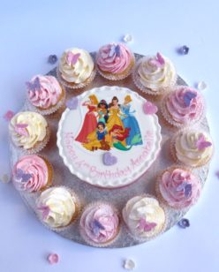 Cake with cupcakes and edible image