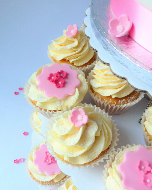 Cupcakes with pink
