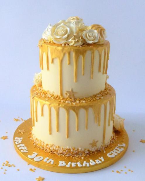 2 tier drip cake