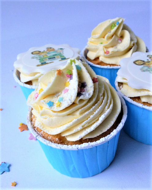 Cupcake with swirl of buttercream