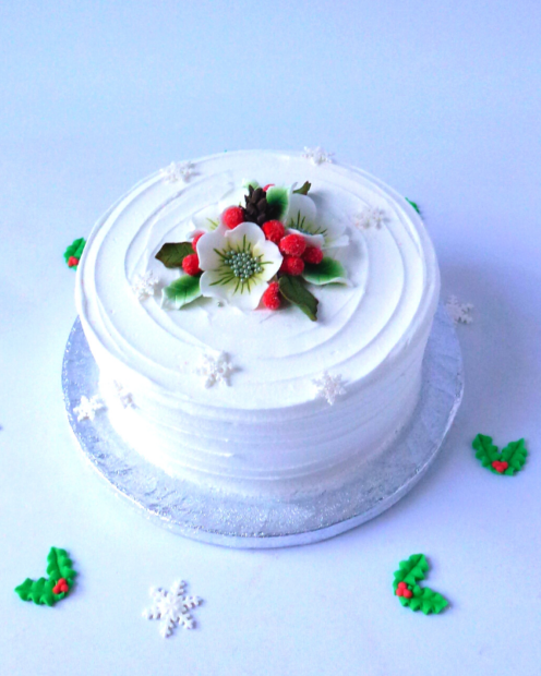 Royal iced Christmas cake with flowers