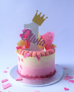 1st birthday cake with number and crown cake topper