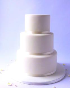 Plain 3 tier white wedding cake